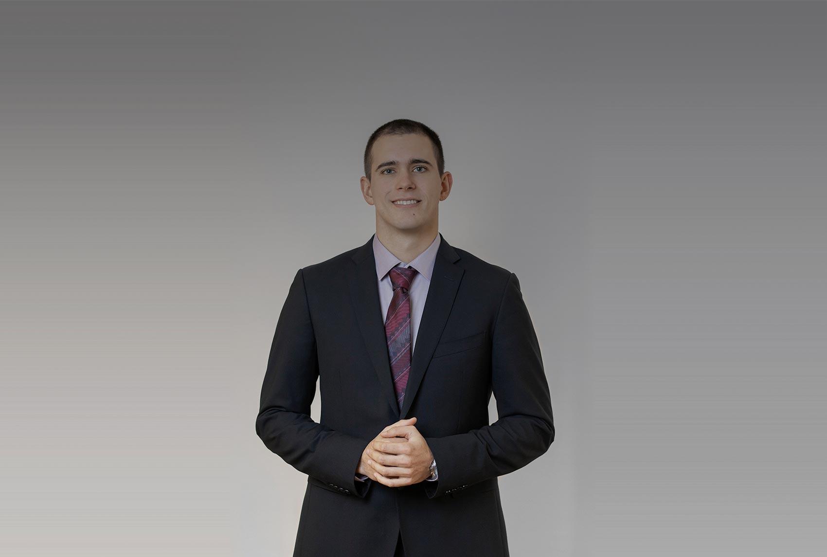Filip Dmitrašinović upisan u Imenik odvjetnika HOK-a